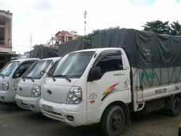cho-thue-taxi-tai-quan-cau-giay